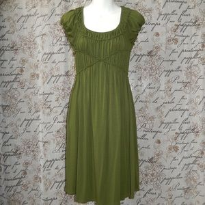 MAX Studio Green Pin-tucked Jersey Dress Sz S